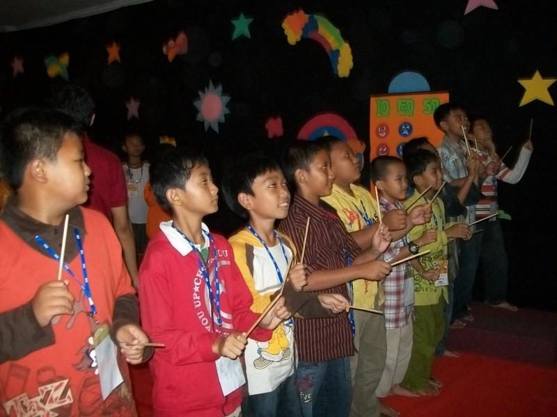 suasana-training-esq-Anak- Motivasi lisensi Ary Ginanjar